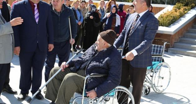 Niğde Belediyesi Engelli Vatandaşın Yüzünü Güldürdü