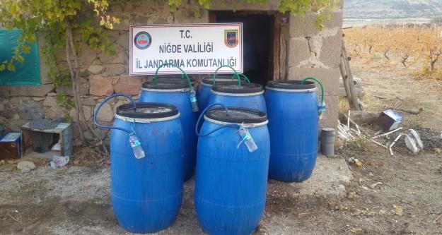 Bin 270 Litre Kaçak Şarap Ele Geçirildi