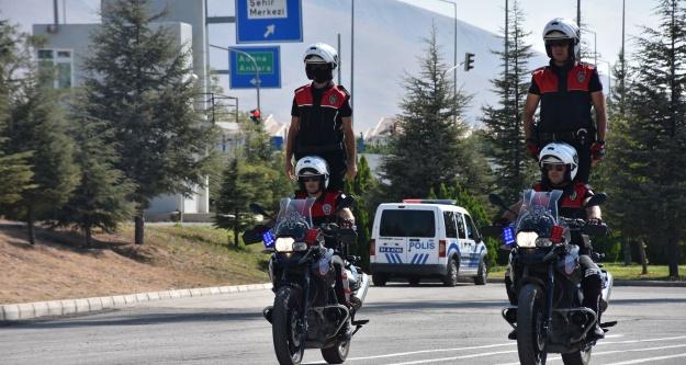 Eğitimini Tamamlayan 13 Polise Sertifika Verildi