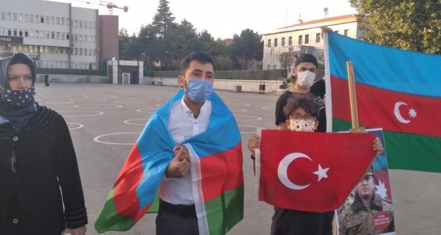Niğde'de okuyan Azerbaycanlı öğrenciler, Ermenistan'ın Azerbaycan'a saldırısı kınandı
