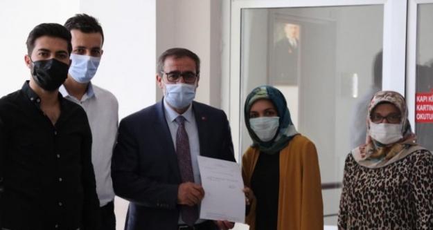 Başkan Mehmet Ali Şafak Mazbatasını Aldı