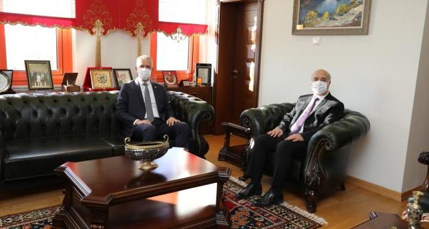 Milletvekili Ergun'dan Rektöre Ziyaret
