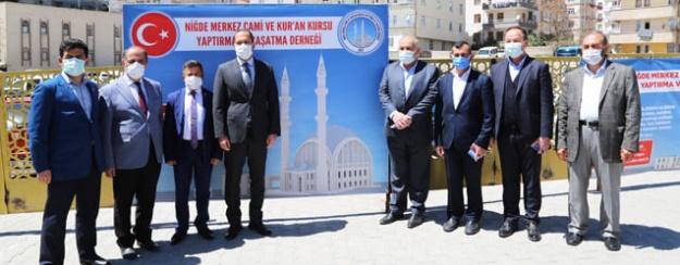 NİÇEK'ten Camii Projesi Durdurulsun Çağrısı