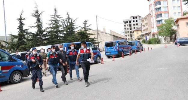 Ulukışla'da Uyuşturucu operasyonu 4 tutuklama