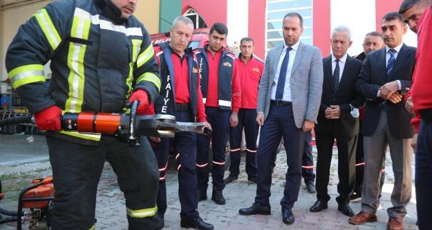 Başkan Özdemir, itfaiyecilerle bir araya geldi