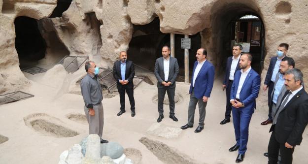 Başkan Özdemir Konya Büyükşehir Belediye Başkanı Altay'ı Ağırladı