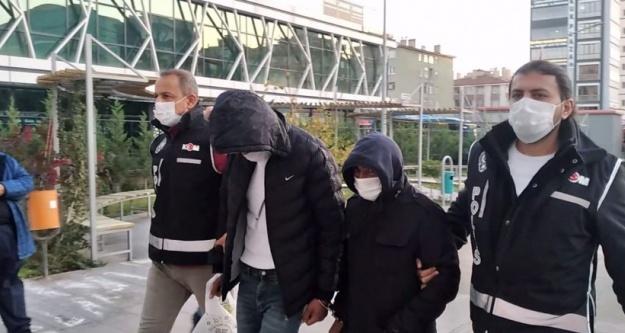 Niğde Merkezli 9 İlde Silah Kaçakçılarına Operasyon: 8 Gözaltı